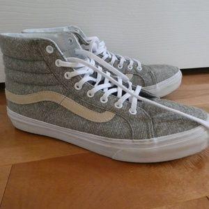 Women's Gray Sk8-Hi Vans Sneaker with Beige Stripe